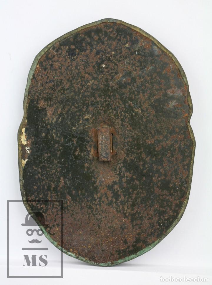 Antigüedades: Antiguo Relieve de Latón - La Celestina ? / Calisto y Melibea - Siglo XIX - Medidas 10 x 14 cm - Foto 5 - 117737935
