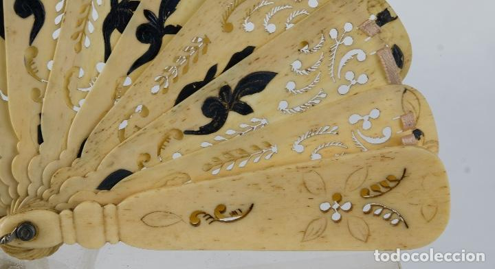 Antigüedades: Abanico de caballero en hueso calado años 20 - Foto 4 - 117758183