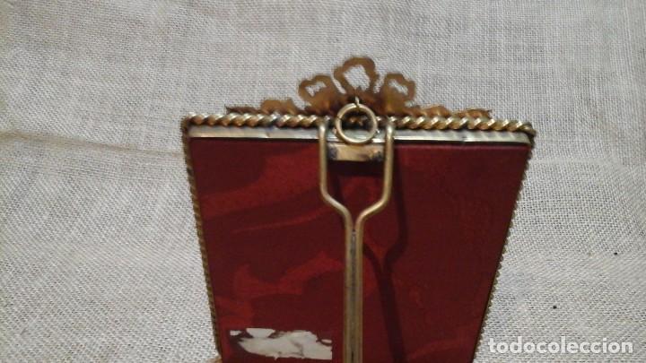 Antigüedades: Portafotos francés . Bronce y cristal curvo .Ppios siglo xx - Foto 4 - 117783223