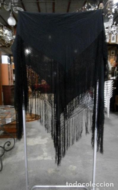 MANTÓN DE MANILA SEDA NEGRO LISO (Antigüedades - Moda - Mantones Antiguos)