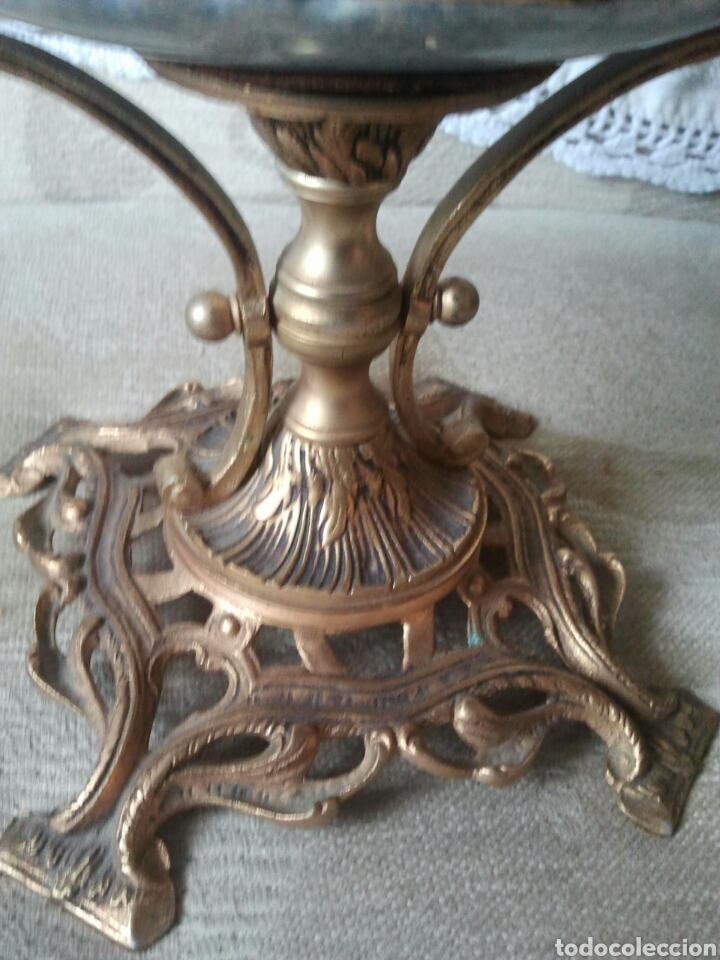 Antigüedades: Centro de mesa. Ceramica y metal dorado - Foto 2 - 117846990