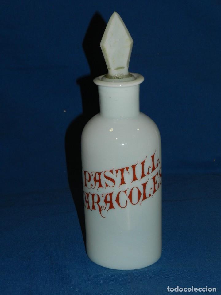 (M) ALBARELO BOTE DE FARMACIA DE OPALINA FINALES S.XIX - PASTILL CARACOLES , 30 CM (Antigüedades - Cristal y Vidrio - Farmacia )