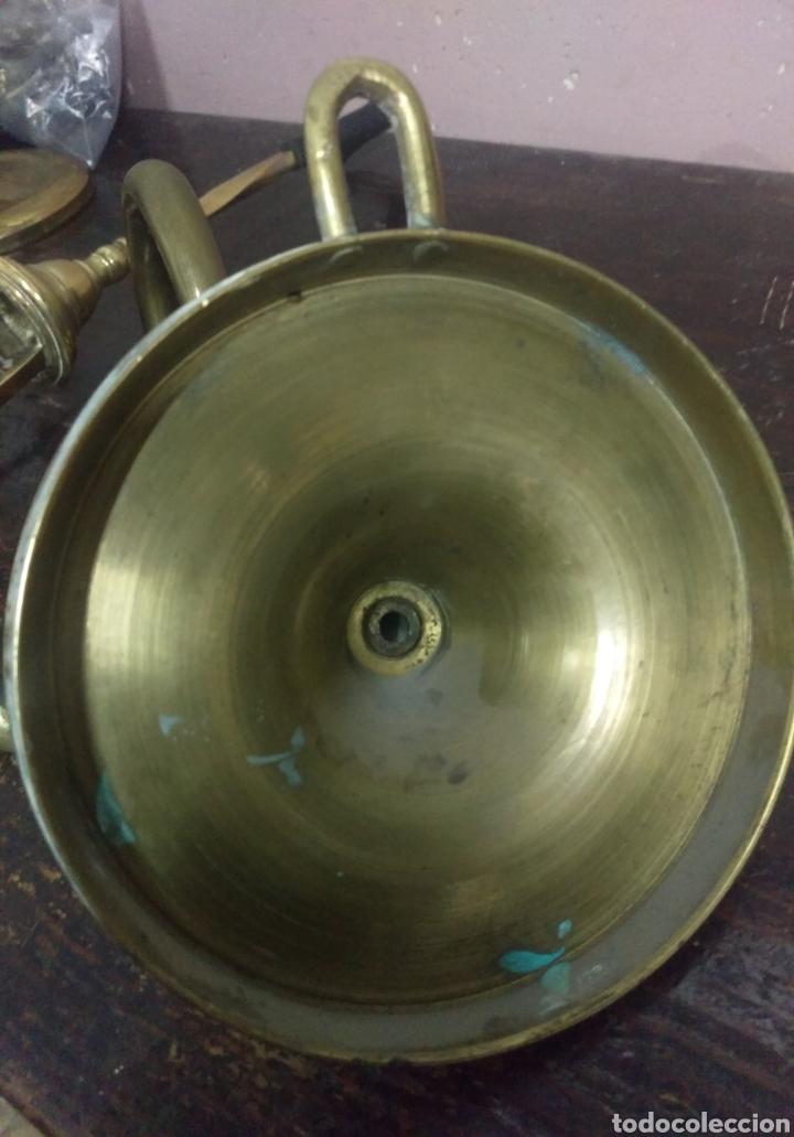 Antigüedades: Antigua lampara de aceite en bronce o latón leer bien - Foto 6 - 117922411