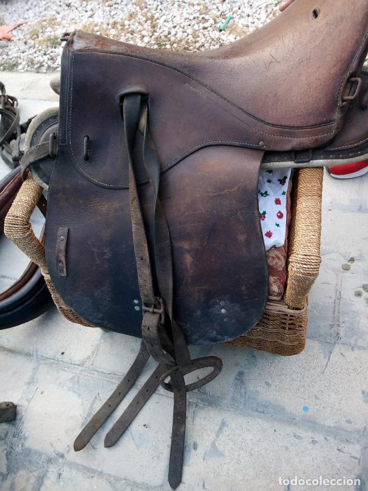 Antigüedades: silla de montar a caballo con estribos ,jf genri,1919 - Foto 5 - 117956359