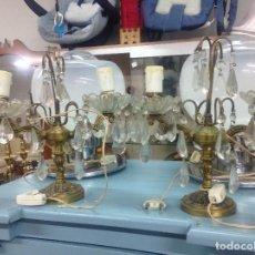 Antigüedades: ANTIGUAS LAMPARAS DE SOBREMESA EN CRISTAL Y BRONCE AÑOS 30. Lote 118021219