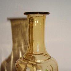 Antigüedades: JARRÓN TIPO BOTELLA DE CRISTAL PINTADO, FLORERO VIDRIO. Lote 118040431