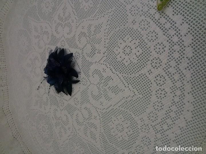 Antigüedades: Excelente mantel redondo -143 cm, hecho a ganchillo a mano . Blanco. - Foto 3 - 118058859