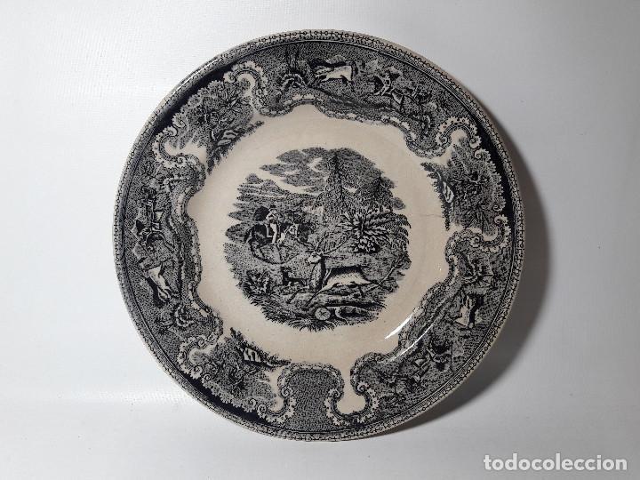 PLATO CARTAGENA MURCIA FABRICA DE LA AMISTAD, CON SELLO LACRE Y ESTAMPADO, MED. 23,5 CM. (Antigüedades - Porcelanas y Cerámicas - Cartagena)