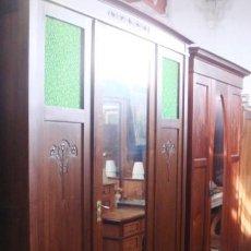 Antigüedades: ANTIGUO ARMARIO ART DECO EN MADERA DE CAOBA. Lote 118110255
