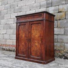 Antigüedades: ENTREDÓS ANTIGUO ESTILO LUIS FELIPE. MUEBLE AUXILIAR RECIBIDOR. PEQUEÑO ARMARIO BIEDERMEIER.. Lote 118110599