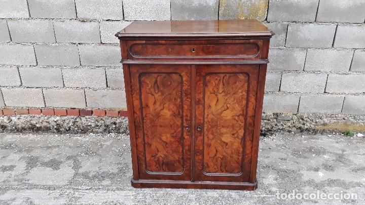 Antigüedades: Entredós antiguo estilo Luis Felipe. Mueble auxiliar recibidor. Pequeño armario Biedermeier. - Foto 4 - 118110599