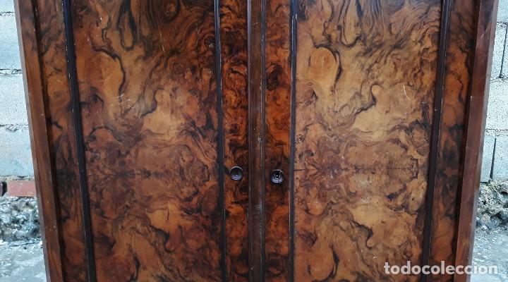 Antigüedades: Entredós antiguo estilo Luis Felipe. Mueble auxiliar recibidor. Pequeño armario Biedermeier. - Foto 5 - 118110599