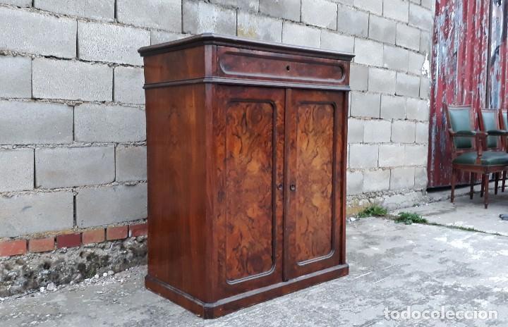 Antigüedades: Entredós antiguo estilo Luis Felipe. Mueble auxiliar recibidor. Pequeño armario Biedermeier. - Foto 6 - 118110599