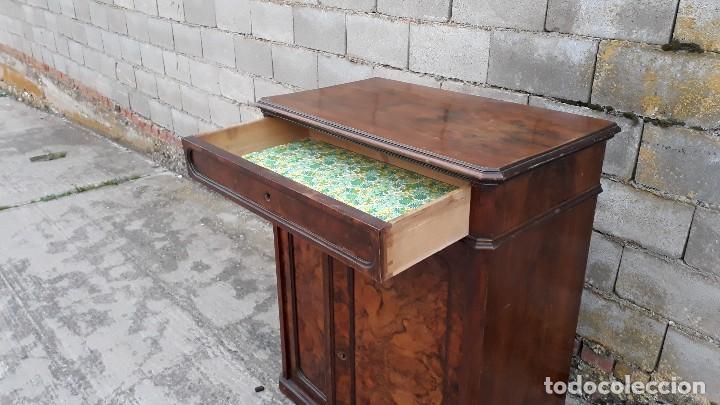Antigüedades: Entredós antiguo estilo Luis Felipe. Mueble auxiliar recibidor. Pequeño armario Biedermeier. - Foto 8 - 118110599