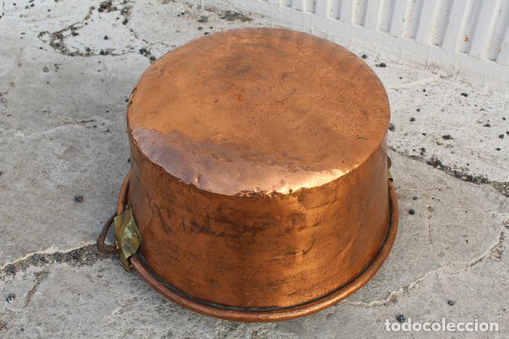 Antigüedades: caldera de cobre con asa de hierro - Foto 2 - 118118303