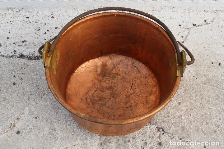 Antigüedades: caldera de cobre con asa de hierro - Foto 4 - 118118303