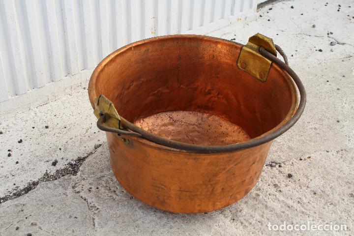 Antigüedades: caldera de cobre con asa de hierro - Foto 6 - 118118303
