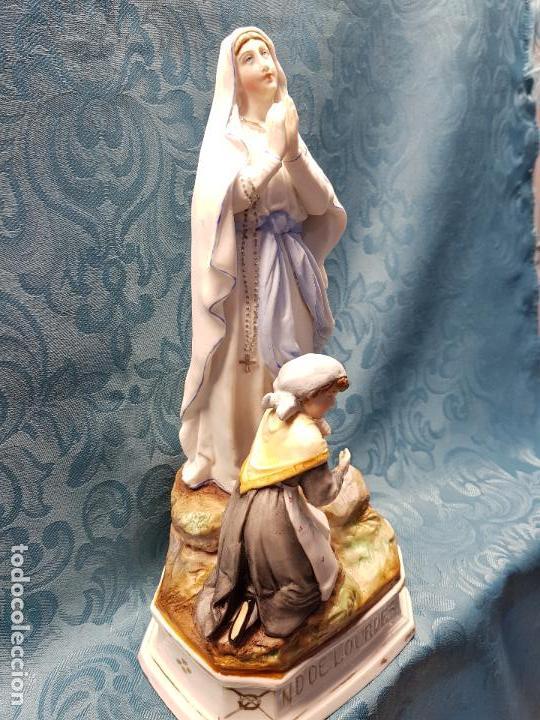 Antigüedades: VIRGEN DE LOURDES CON PASTORCILLA. - Foto 2 - 118152187