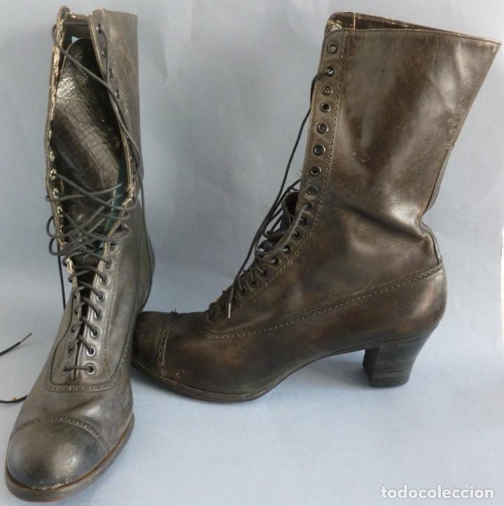 3f2aa419ae Antiguos botines - calzado de cuero para mujer - Vendido en Venta ...