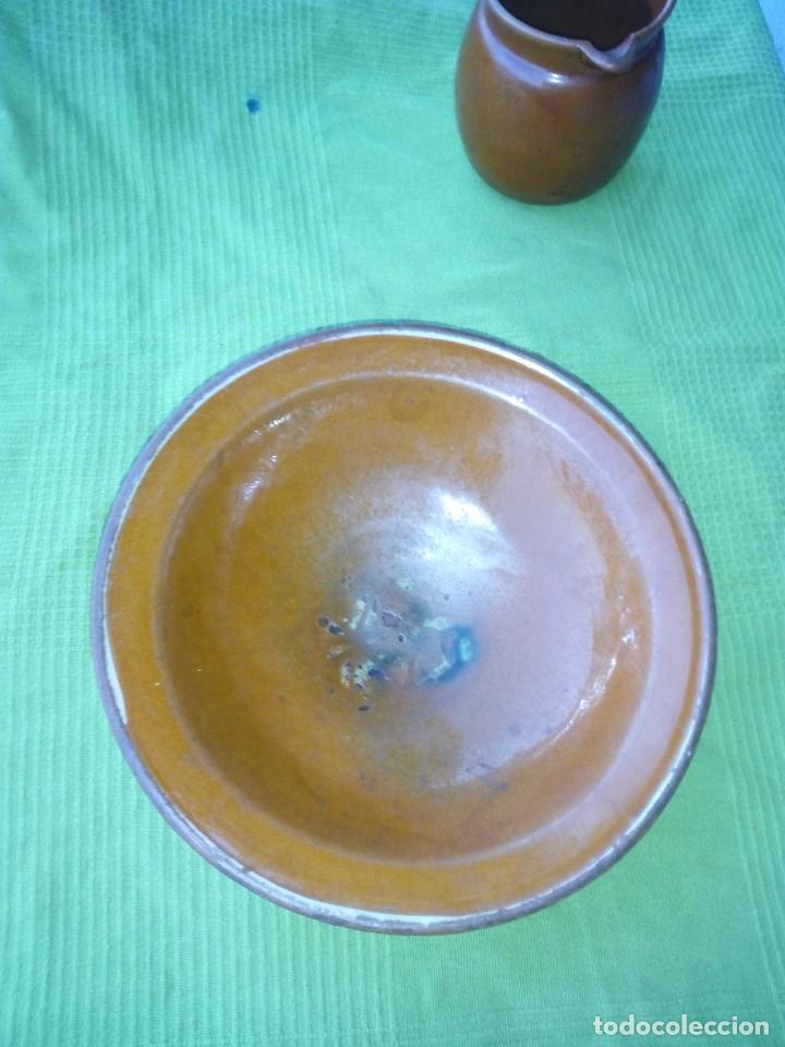 Antigüedades: ANTIGUO PLATO Y JARRA DE CERAMICA LA BISBAL - Foto 2 - 118197743