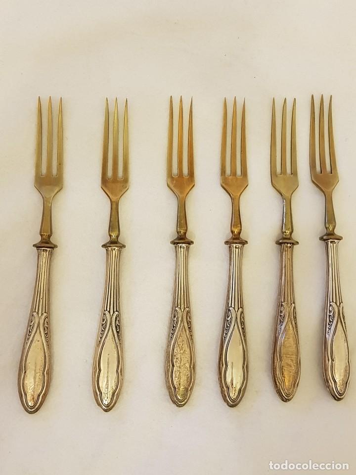 Antigüedades: 6 cuchillos y 6 tenedores de postre. Mangos de plata 800 mm. Finales siglo XIX - Foto 7 - 118211367