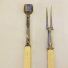 Antigüedades: 2 CUBIERTOS PARA TRINCHAR CON MANGO DE MARFIL. SIGLO XIX. Lote 118213083
