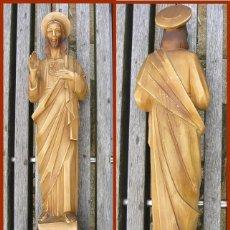Antigüedades: PRECIOSO JESÚS DE ESCAYOLA HUECA + PEANA...MEDIDAS 40 CMS + LA PEANA. Lote 118214759