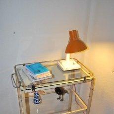 Antigüedades: PRECIOSA MESA DE ENFERMERA - MÉDICO - CARRO DE CURAS - AÑOS 20-30 - HIERRO Y CRISTAL. Lote 118237439