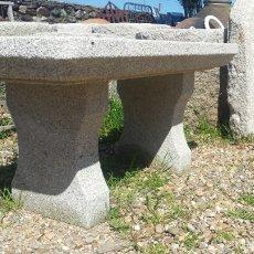 Antigüedades: BANCO PIEDRA DE GRANITO PECHO DE PALOMA. VARIOS.. Lote 118244674