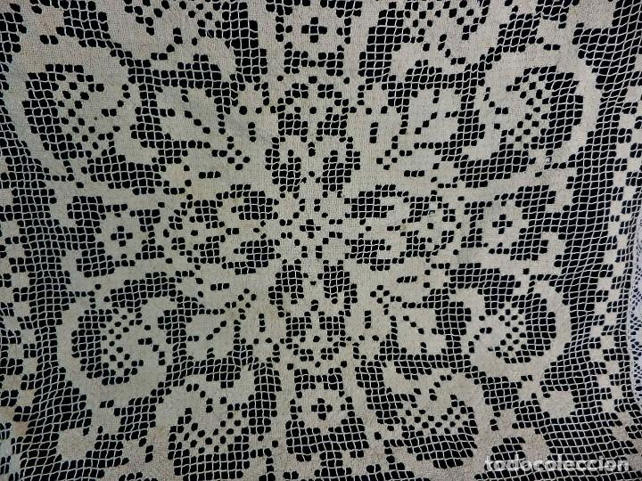 Antigüedades: 1112 Tapete para cojín o decoración en tela de malla totalmente manual fines s XIX - Foto 2 - 118249399