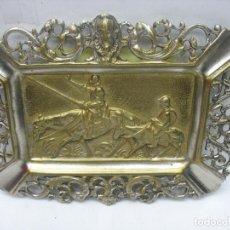 Antigüedades: CENICERO DECORATIVO DE BRONCE PLATEADO DE DON QUIJOTE Y SANCHO PANZA. Lote 118268163