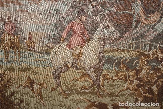 CUADRO ESCENA INGLESA CAZA TAPIZ CABALLO CON JINETE SIGLO XX (Antigüedades - Hogar y Decoración - Tapices Antiguos)