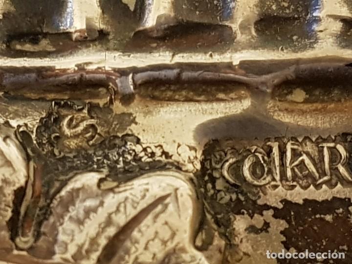 Antigüedades: Bandeja de plata repujada. Punzonado Collar. Siglo XIX - Foto 17 - 118304827