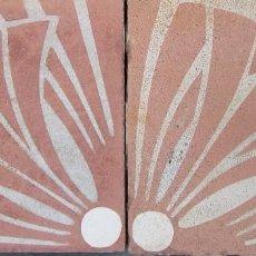 Antiquités: 2 ANTIGUAS RAJOLA HIDRAULICA CATALANA,SELLADAS. Lote 118381127