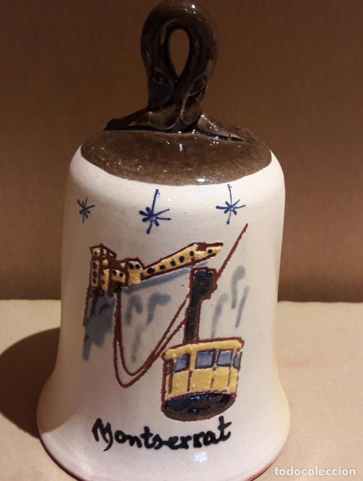 CAMPANA DE CERÁMICA DE MONTSERRAT ( BARCELONA ) PERFECTA / 14 CM ALTO X 8.5 Ø (Antigüedades - Hogar y Decoración - Campanas Antiguas)