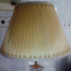 Antigüedades: LAMPARA DE CRITAL O METACRILATO.. Lote 118443294