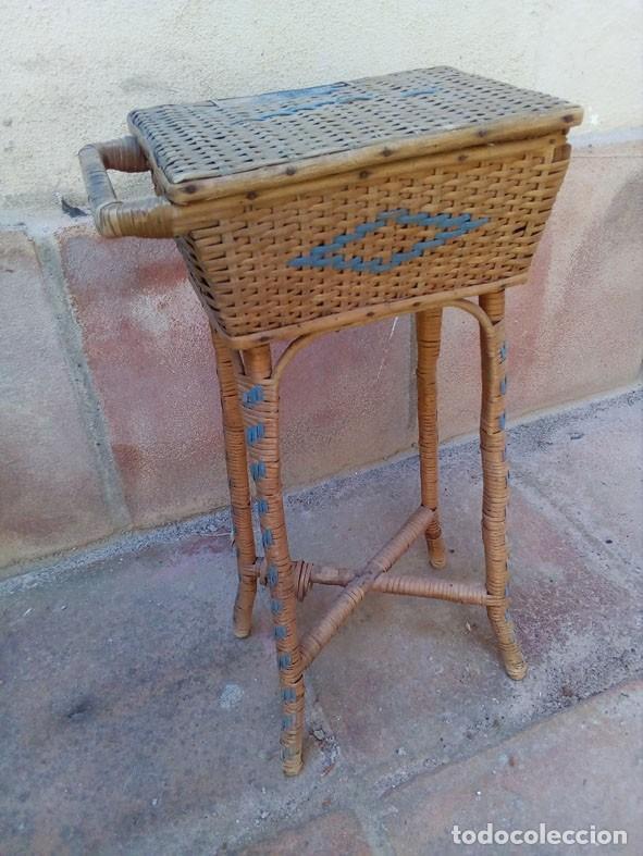 antiguo costurero de mimbre para restaurar - Comprar Muebles ...