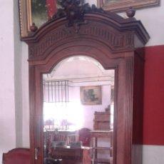 Antigüedades: ANTIGUO ARMARIO/VITRINA. Lote 118566428