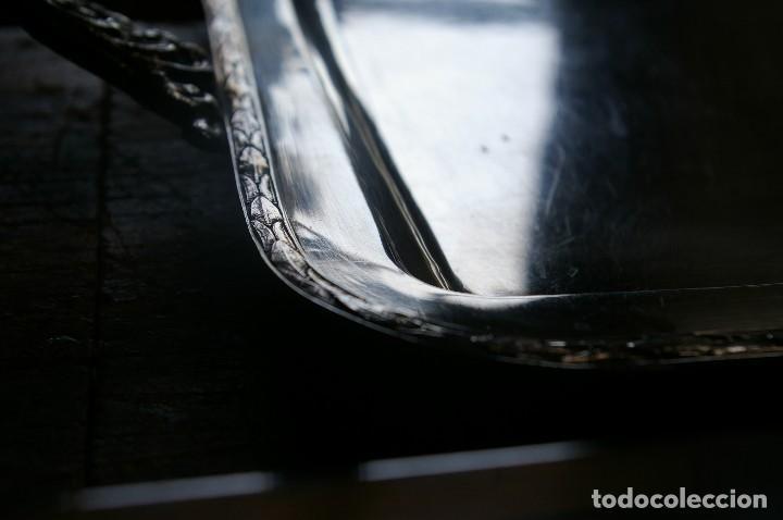 Antigüedades: Bandejas no tienen sello de plata de ley ,,,,peso 2.280 gr. - Foto 2 - 118624419