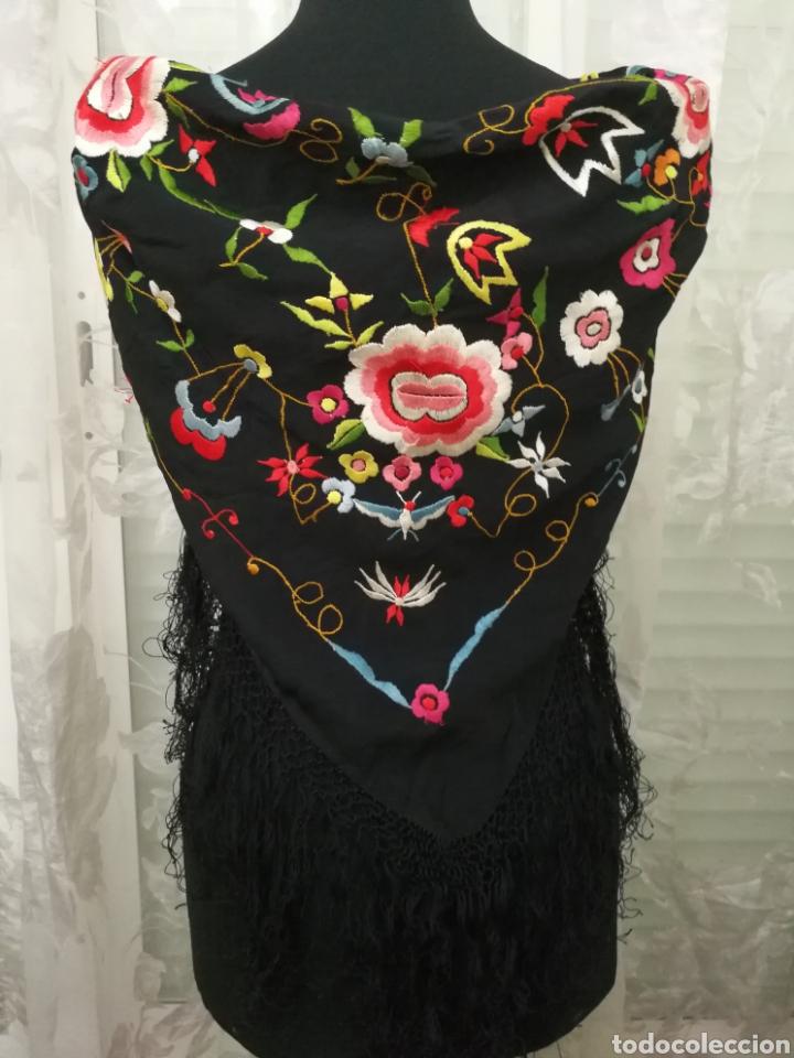 MANTÓN DE MANILA (Antigüedades - Moda - Bordados)