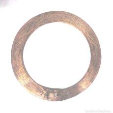 Antigüedades: CORONA PARA IMAGEN DE BRONCE, AÑOS 50. MED. 16 CM DIAMETRO. Lote 118681267