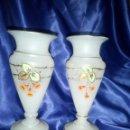 Antigüedades: JARRONES OPALINA DE LA GRANJA ANTIGUOS. Lote 118700567