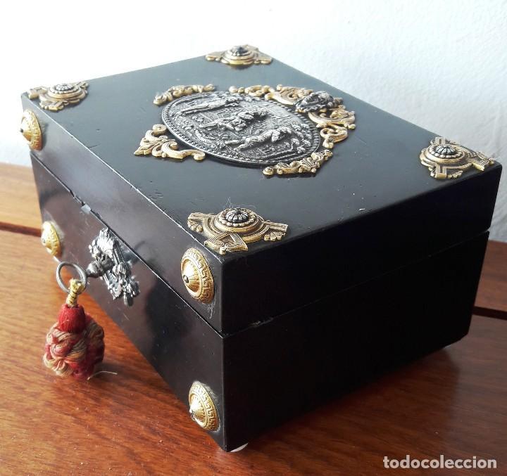 Antigüedades: Caja francesa estilo Napoleon III. Siglo XIX - Foto 3 - 118738379