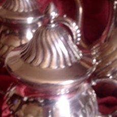 Antigüedades: ANTIGUO JUEGO DE CAFE - TE GALLONADO, BAÑADO EN PLATA Y PUNZONADO MF EN LA BASE. Lote 118753411