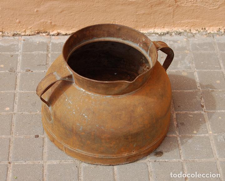 TARRO ANTIGUO DE ORDEÑO DE CHAPA (Antigüedades - Técnicas - Rústicas - Ganadería)