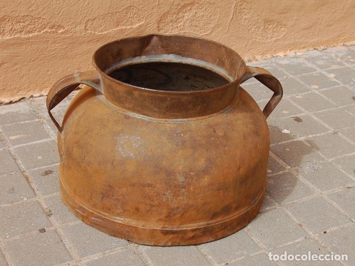 Antigüedades: TARRO ANTIGUO DE ORDEÑO DE CHAPA - Foto 2 - 118753655