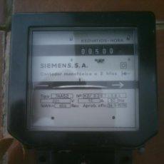 Antigüedades: ANTIGUO CONTADOR SIEMENS MONOFASICO 2 HILOS. Lote 118756135