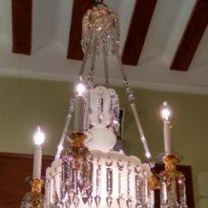 Antigüedades: LÁMPARA ISABELINA SIGLO XIX CRISTAL TALLADO Y OPALINA. Lote 118773095