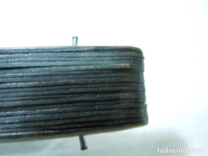 Antigüedades: ABANICO CON VARILLAJE DE MADERA Y PAIS DE GASA PINTADO A MANO - Foto 2 - 118784531