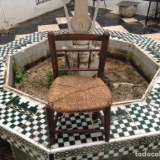 Antigüedades: SILLA DE NIÑO EN MADERA Y ENEA SEPARADO. Lote 55838196